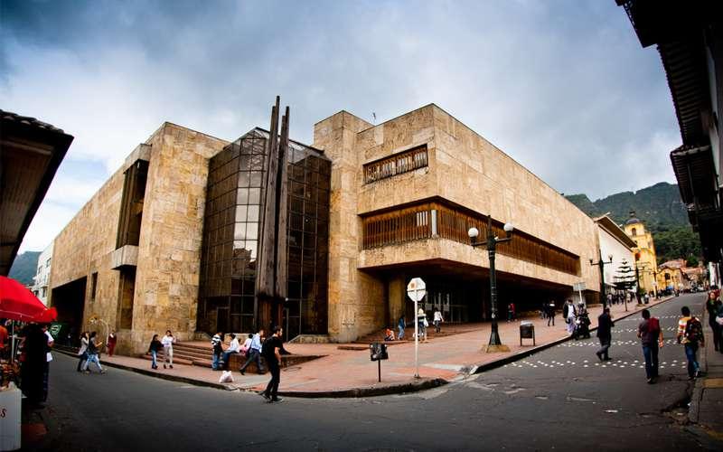Bogotá Atractivos turísticos   Centros Culturales, Bibliotecas, Palacios y  Casas Relevantes